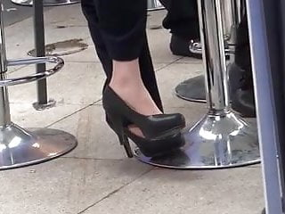 Asian black tile Candid asian black pumps and nylons late shoeplay feet