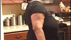 MILF-Tante mit dicken Titten, versteckter Kamera
