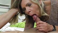 pervert milf Sexy Mature Doggystyle jerk off