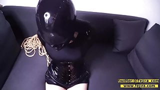 Fejira com Gothic girl was tricked into breathplay