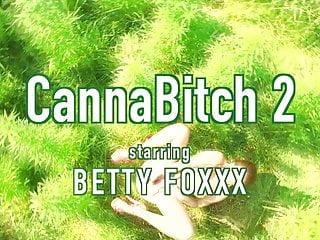Lil wayne hustlers anthem The 420 anthem tease betty foxxx