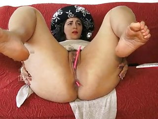 Sexy booty brazillian - Sexy booty masturbates showing her pussy con cam