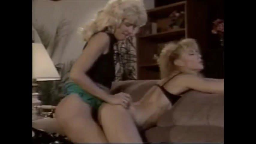 Nina Mercedez Lesbian Strapon
