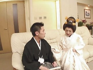 Khe geisha light Japanese geisha girl sucking cock gv00024