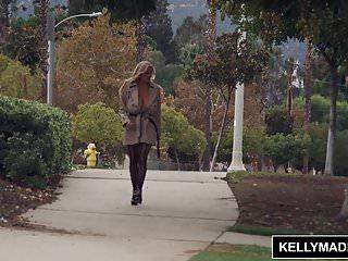 Porn kelly madison fools demise - Kelly madison the flasher