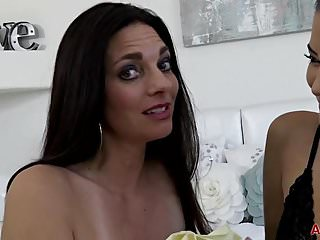 Alix lakehurst anal Mindi mink and alix lovell on allover30