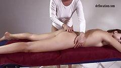 Jankovska gets her feet and ass massaged
