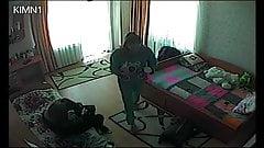 Вуайерист на двух соседок по комнате с студентами 2