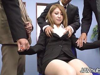 Coworkers fuck secretary - Javhub mariru amamiya gangbanged by her coworkers