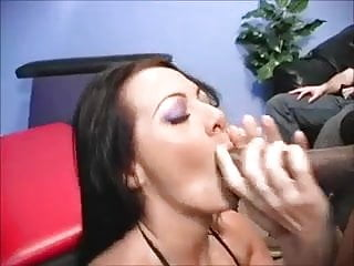 Diference between dworf and midget - White chic takes a bbc and midget cock hubby watches