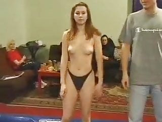 Erotic hairpulling - Topless hairpulling catfight