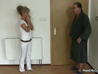 Amature mature spread legs She spreads her legs for his old parents