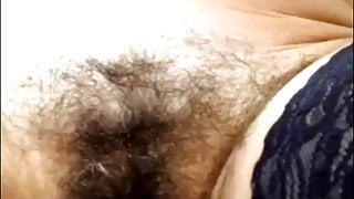 Mature hairy cunt close-up, amateur