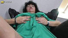 Mature BBW dreaming of young cock
