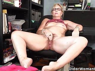 Older Women Ass Porn