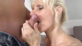 blond mature with saggy tits fuck
