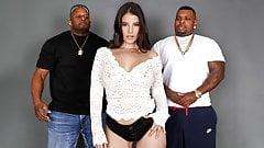 Big Ass Lasirena69 Wants To Fuck 2 Black Guys