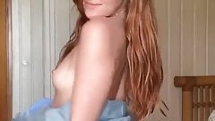 Jia Lissa Showing Off