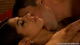 Using His Oral Sex Skills On Her Indian Pussy