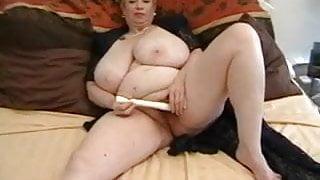Hairy Granny Dagny masturbates