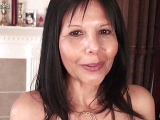 Karen corr has some big tits - Mature american cougar mom has some fun