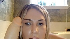 THE MOST STUNNING SHEMALE TEEN TRAP EVER! BATH PLAY AND DILD