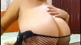 Big Tits Playing on Webcam 2