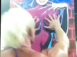 Nicole savage xxx Nicole savage displaying her muscles
