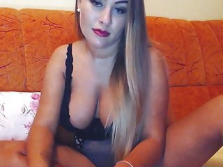 Girl showing her cunt on cam Huge tits babe playing her cunt on cam