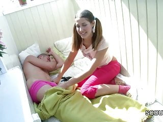 Wake up fuck Stepsis wake up step-bro with blowjob to get first fuck