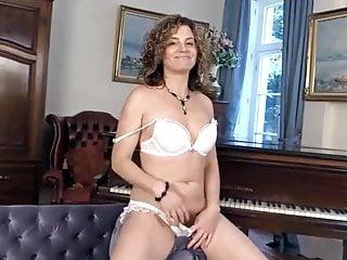 Sexy Mature Chick 50