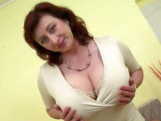 Christinamodel big tits - Mature queen mom with big tits and hungry cunt