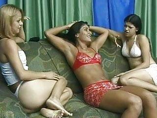 Armpits lick - Pure fetish: armpit licking lesbians bonus clip