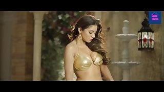 Actress Shilpi Sharma in bikini