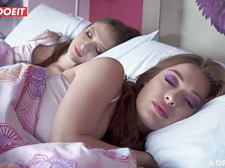 Lesbian romance ebook free - Letsdoeit - lesbian romance with izzy lush and misha maver