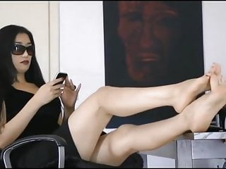 Teen asian foot fetish Asian foot goddess 2