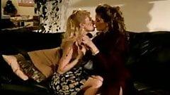 Lesbian licking pussy & Jenna Jameson