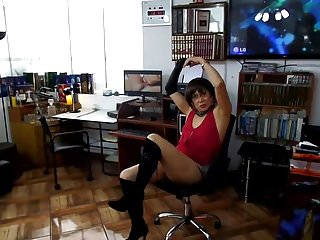 Orgy sexual practice - Secretary practicing in orgy anal penetration double