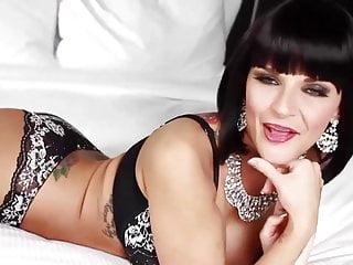 Porno femme grosse noire Grosse bite noire dans le cul