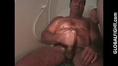 Musclebear Daddy Jackingoff Shower