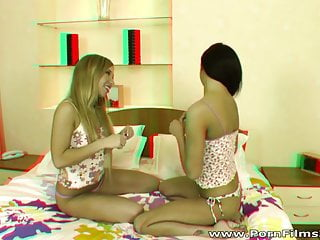 3d beowolf porn - Porn film 3d - lesbian girlfriends dildoing in bed