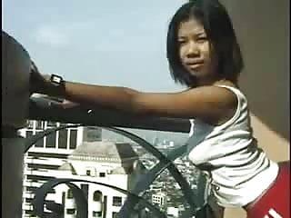 Sexy girl on balcony Asian amateur girl sucking cock on balcony