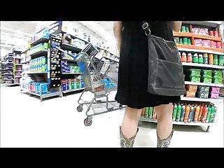 Hot milf mom videos - Upskirting hot milf with no panties