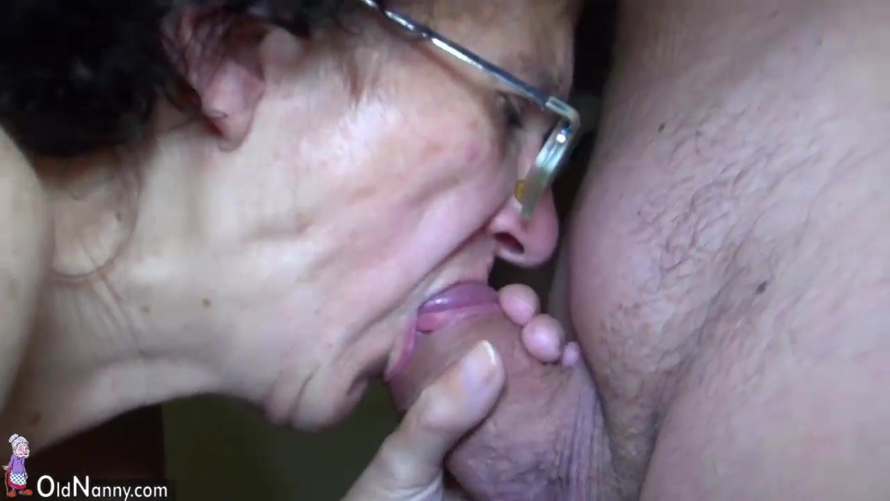 dick Moms who suck