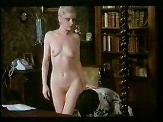 Caroline williams naked Les week-ends de caroline 1980