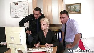Old blonde grandma sucks and rides for work