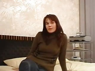 Mature mom above 40 - Moms casting - jana 40 years old