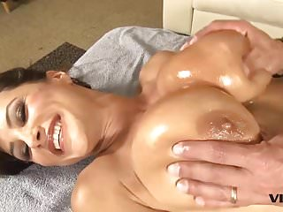 Stunning brunette latin pornstar - Stunning milf lisa ann has a taste for latin meat