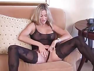 Hot wife rio cum - Wifey takes a huge load in her mouth