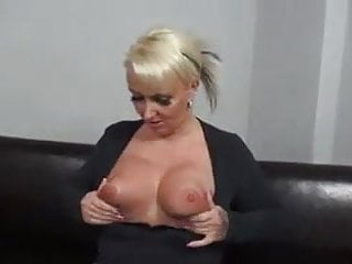 Big booty mature clips - Dutch big booty mature gets her pussy fucked hard
